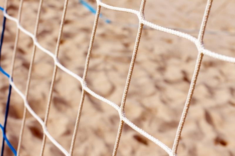 Sport estivi: attenzione ad erba e sabbia